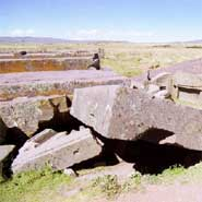 Post image for Ancient Ruins of Tiwanacu and PumaPunku