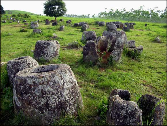 Post image for The mystery of the megalithic stone jars in Laos