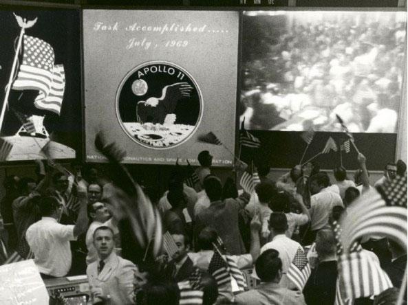 Apollo11_groundControl