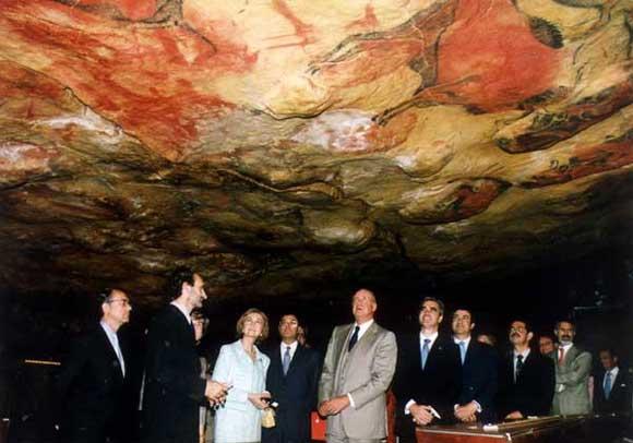 Altamira_cave