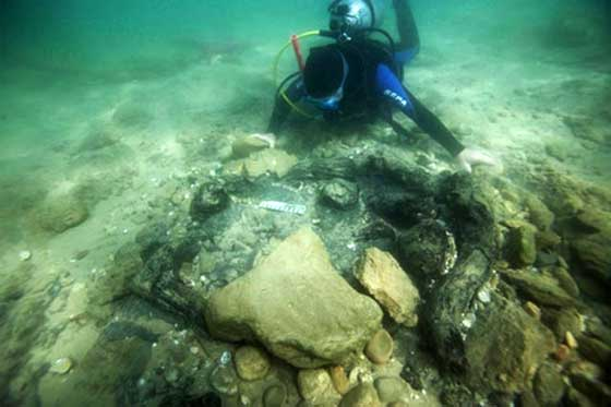 Ancient Cities and Megalithic Sites Underwater  Atlit_Yam