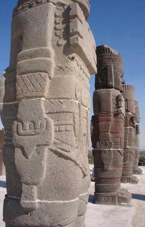 TulaMexico_Statues