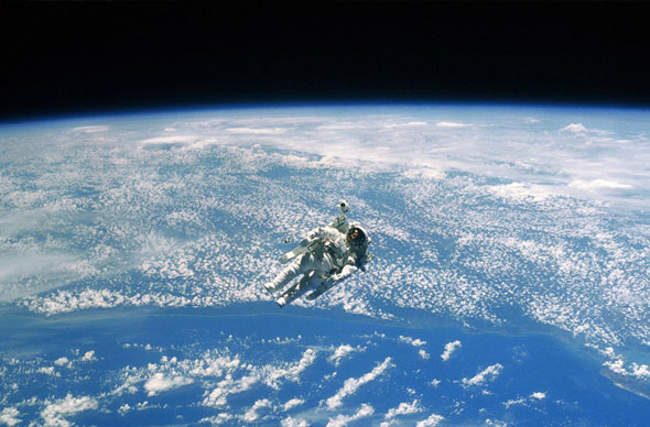 Astronaut_SpaceWalk